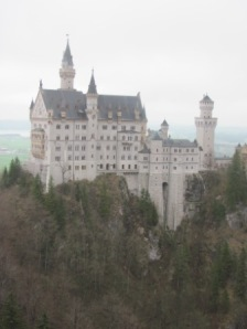 compressed neuschwanstein
